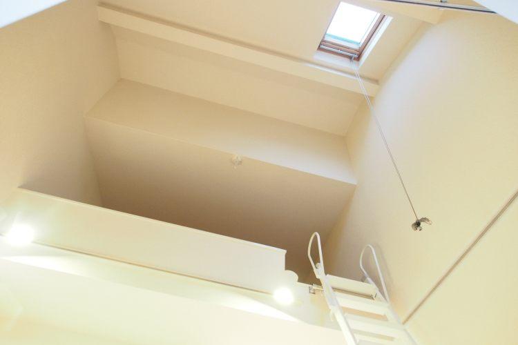中目黒駅の賃貸:【天井の高さに惚れ込んで。】