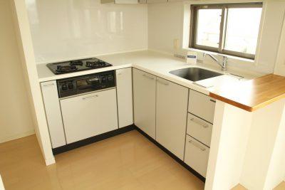 都立大学駅の賃貸:キッチンが真ん中暮らし。