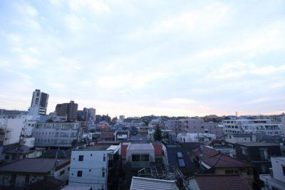 中目黒駅の賃貸:【小洒落た街の、小洒落た部屋で】